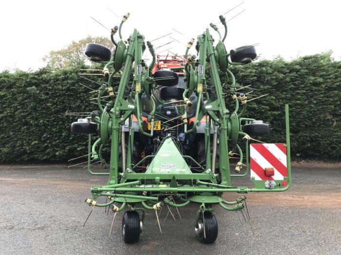 Krone KW 8.82 8 rotor tedder