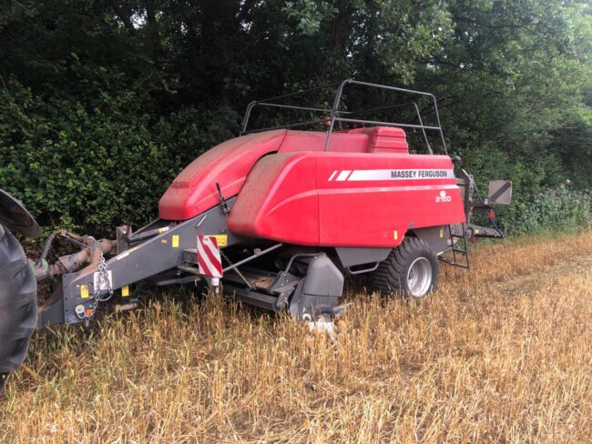 Massey Ferguson 2150 big square baler