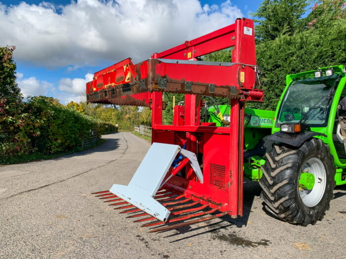BvL Master 130 silage block cutter
