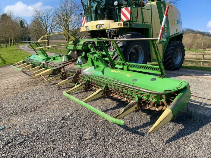 Krone EasyCollect 903 maize header