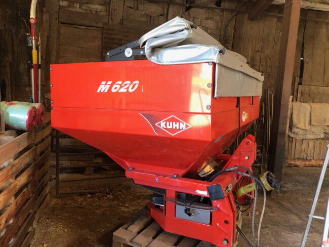 Kuhn Spreader MDS 935