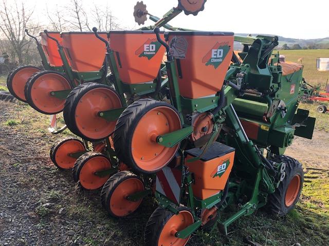 Amazone ED 602-K maize drill