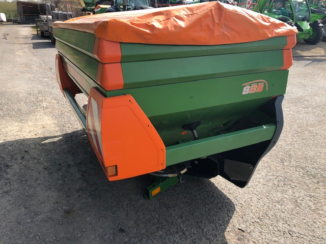 AMAZONE ZA-M 2200 FERTILISER SPREADER