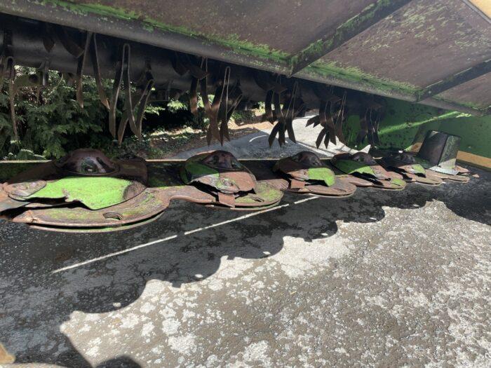 Krone B870 CV butterfly mowers