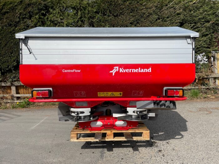 Kverneland Exacta CL 2000 fertiliser spreader